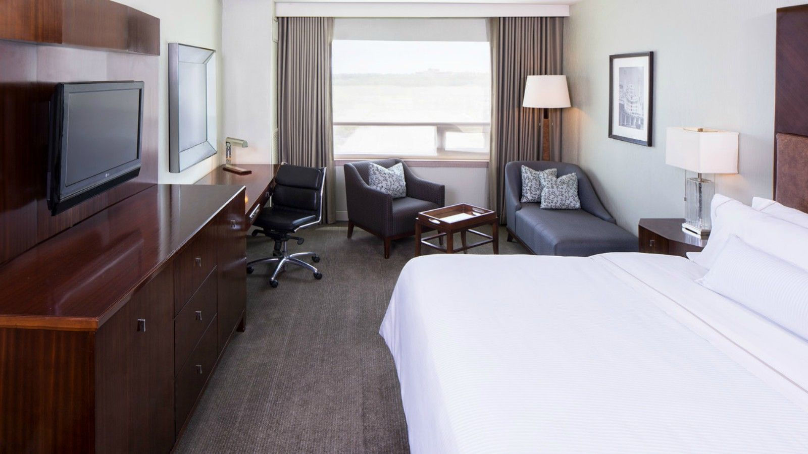 Family-Friendly Hotel Rooms in Mount Laurel - The Westin Mount Laurel